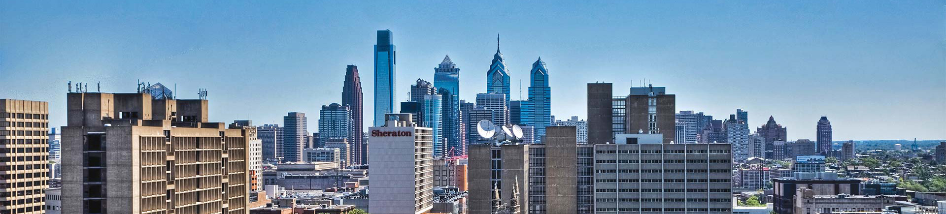 Chestnut Hall Apartments in Philadelphia, PA - Center City Skyline